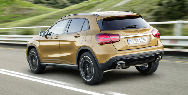 Mercedes-Benz GLA обзавелся фарами с лазерными проекторами
