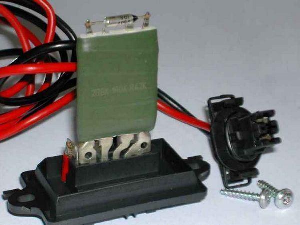 Снятие и установка крышки цепи привода ГРМ на Пассат Б6 1.6 л FSI (BLF