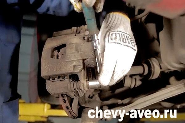 Замена тормозных дисков Шевроле Авео Т200/Т250