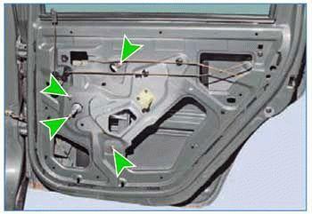 Замена ручки передней двери на Рено Логан 2