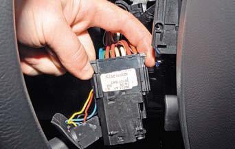 Замена подрулевых переключателей Renault Duster