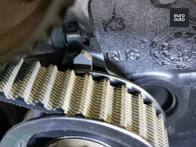 Замена ремня генератора и агрегатов на Фольксваген Поло седан