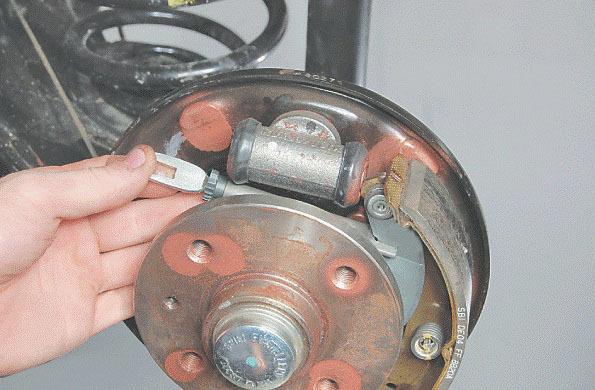 Замена тормозных колодок на Дэу Нексия N150
