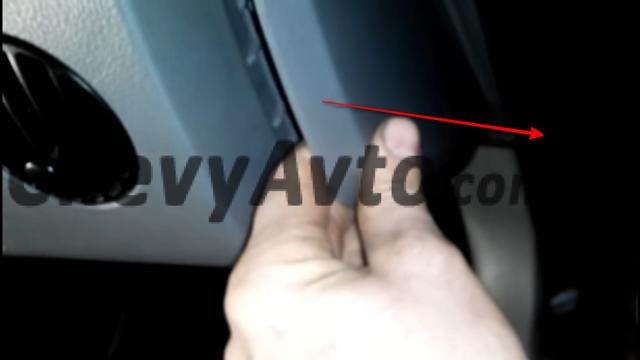 Замена радиатора Шевроле Авео Т200/Т250