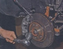Замена поворотного кулака Рено Дастер