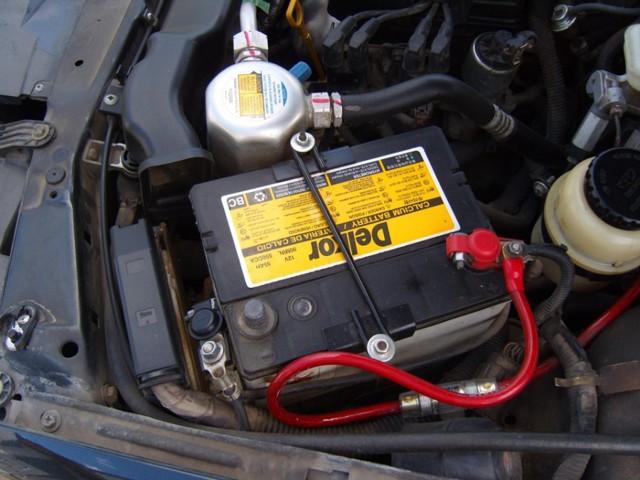 Замена топливного фильтра Дэу Нексия (N100)