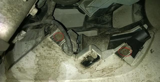 Замена фар и противотуманок на Форд Мондео 1