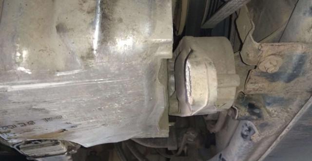 Снятие и установка масляного поддона Фольксваген Пассат Б5