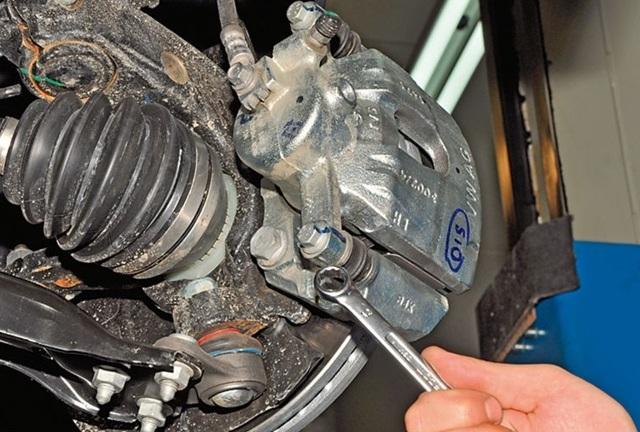Замена тормозной жидкости Фольксваген Поло