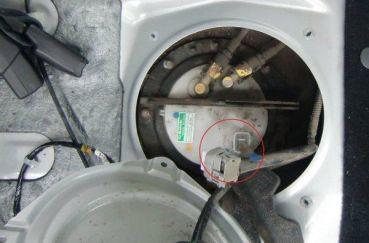 Замена топливного фильтра Форд Фокус 1