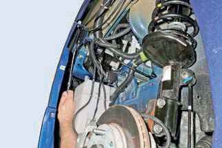 Снятие и замена переднего бампера на Шевроле Лачетти