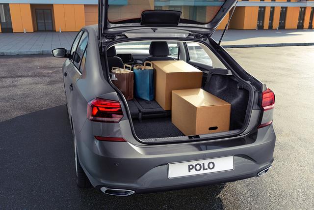 Замена комбинации приборов на Фольксваген Поло седан