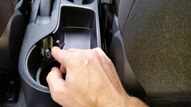 Регулировка стояночного тормоза (ручника) Киа Рио 3