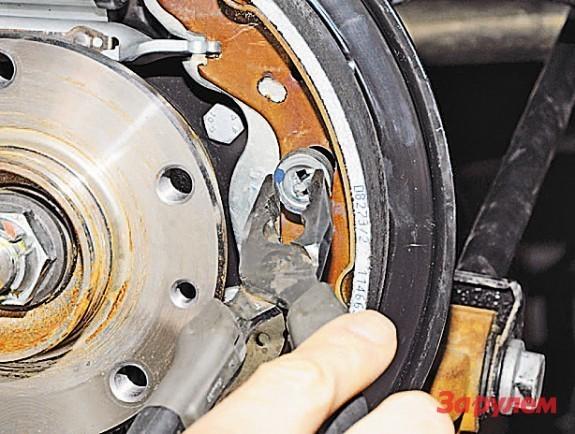 Замена приводов передних колес Рено Дастер