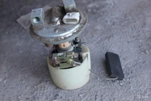 Замена передних тормозных колодок Рено Дастер