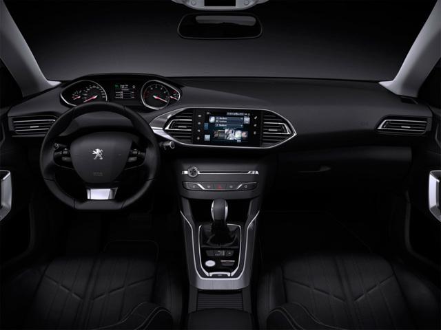 Новый Peugeot 308 SW 2014 - уже весной [фото]