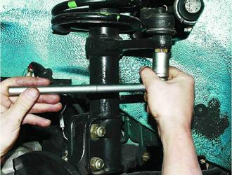 Замена рулевой тяги Рено Дастер