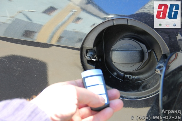 Снятие защитной крышки двигателя Пассат Б6