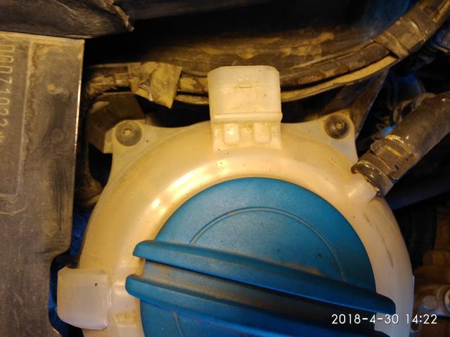 Замена водяного насоса Фольксваген Поло 5