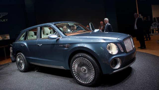 Bentley Bentayga 2016 — быстрый, дорогой и габаритный