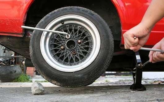 Снятие и замена подкрылков колес Киа Рио 3