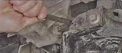 Замена масляного насоса Geely МК / МК Cross