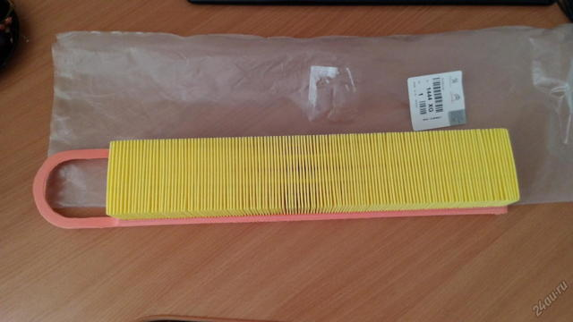 Замена воздушного фильтра Пежо 308 (T7)
