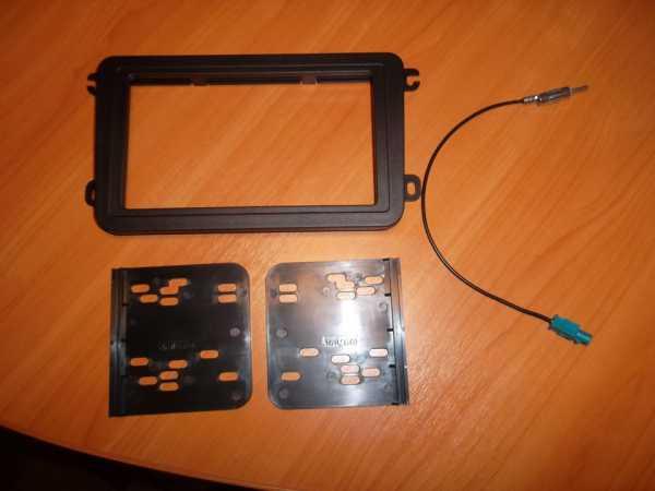 Снятие и установка штатной магнитолы Фольксваген Поло седан