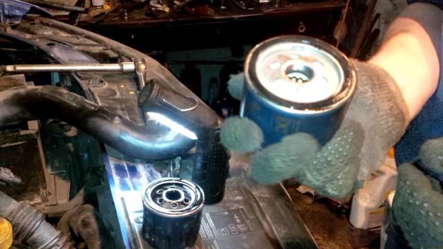 Замена масла в коробке КПП на Рено Логан 2