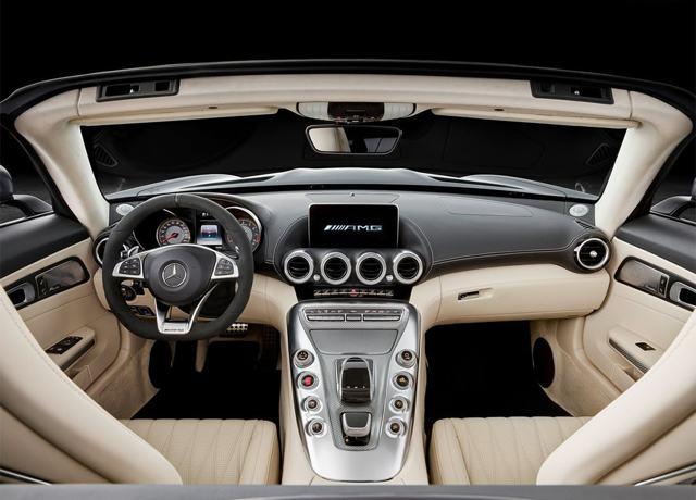 Mercedes AMG GT-R 2017 - 2018: характеристики, фото и видео
