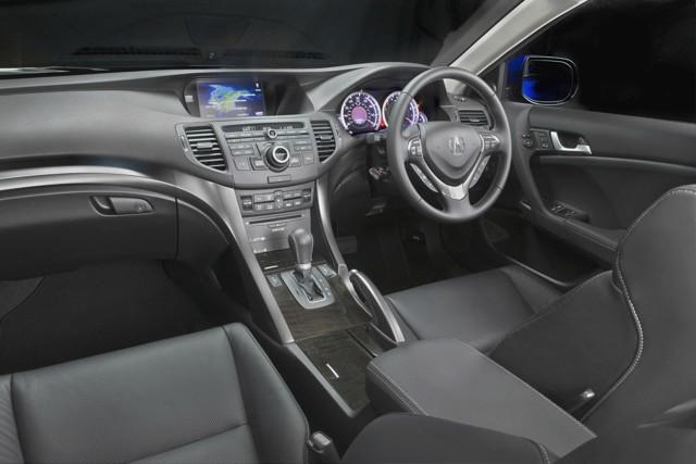 Acura TSX Sport Wagon 2013 - новый спортивный универсал от Акура