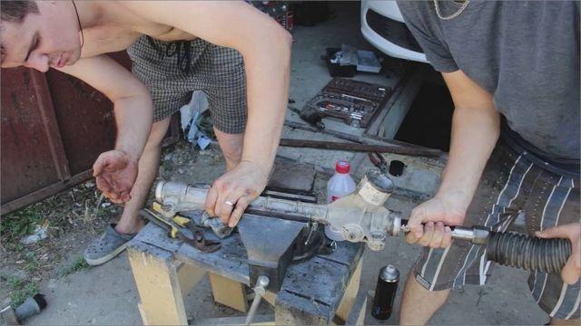 Замена рулевой рейки Фольксваген Поло седан