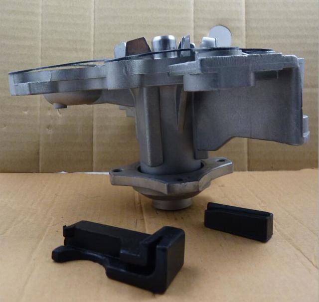 Замена (помпы) водяного насоса Форд Фокус 3