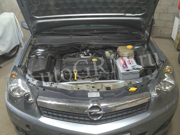 Замена генератора Опель Астра Н / Зафира Б с 2004 по 2009 г.в.