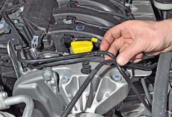 Замена опор двигателя Рено Дастер